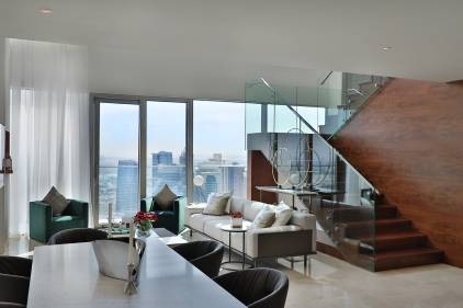 Select-Marina-Gate-Penthouse-Living-room